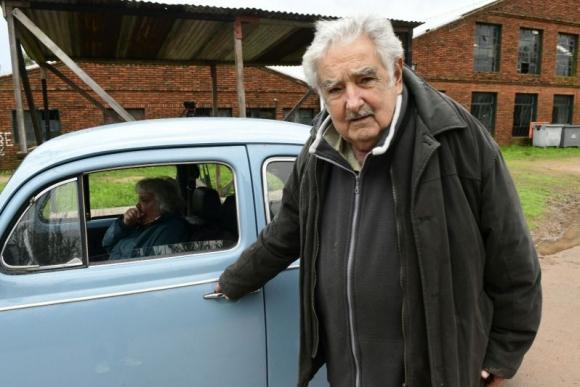 José Mujica y Lucía Topolansky. Foto: Marcelo Bonjour.