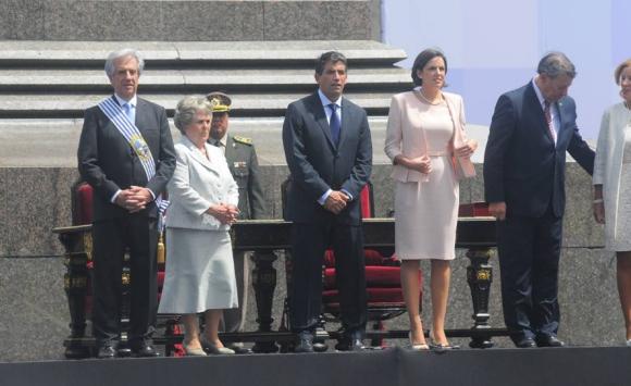 Vázquez y Sendic asumen la presidencia y vicepresidencia. Foto: Archivo El País.
