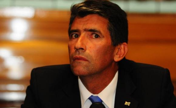 2016. Sendic en conferencia de prensa sobre su título universitario. Foto: Archivo El País.