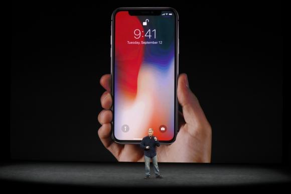 Apple presentó su nuevo iPhone X. Foto: Reuters