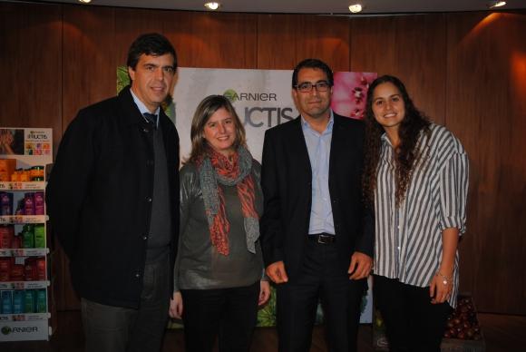 César Caggiano, Verónica Méndez, Nicolás y Julieta Oberti.