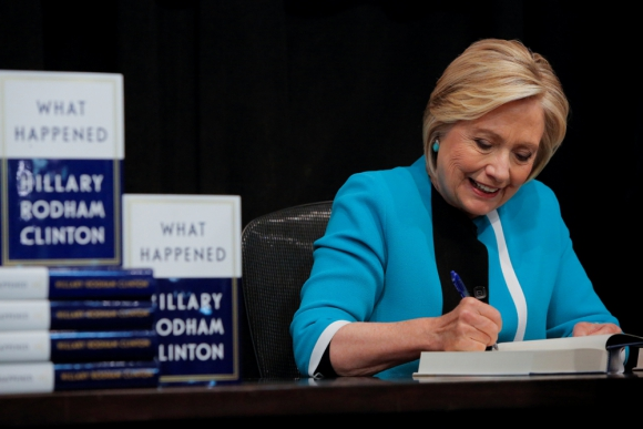 Hillary Clinton en la presentación de su libro. Foto: Reuters