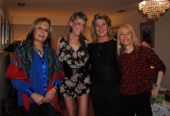 Patricia Larrauri, Cecilia Gallinal, Alejandra Carrau, Isabel Piria.