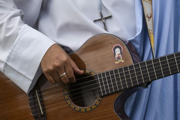 María Valentina, la monja rapera. Foto: AFP
