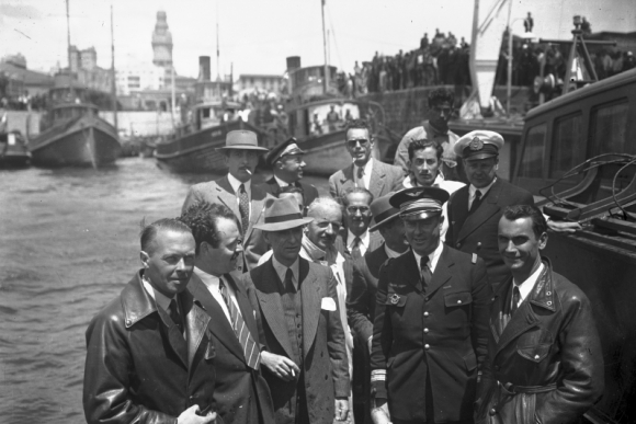 Tripulantes del Lionel de Marmier. Foto: Archivo El País.