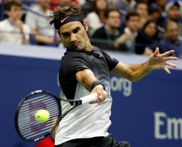 Roger Federer ganó cómodamente a López. Foto: EFE