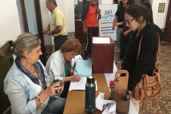 Elecciones de la juventud del Partido Nacional en Cerro Largo. Foto: Néstor Araújo.