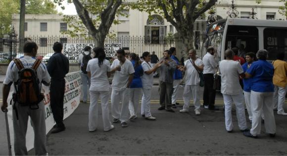 La Comisión Interna del Hospital Español activó un paquete de medidas. Foto: Archivo El País