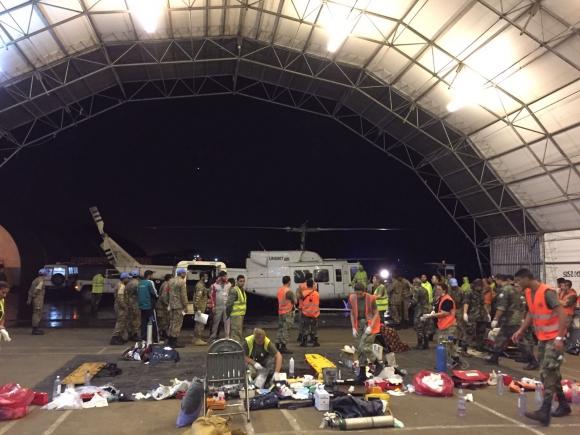 El gran espacio sirvió para otorgar atención a todos los heridos. Foto: Fuerza Aérea Uruguaya