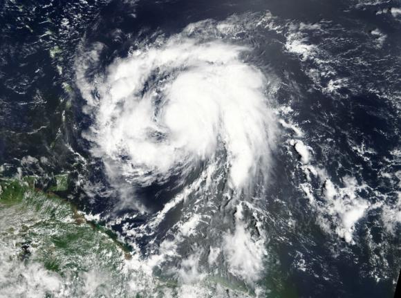Puerto Rico se prepara para recibir la fuerza del nuevo huracán. Foto: Reuters