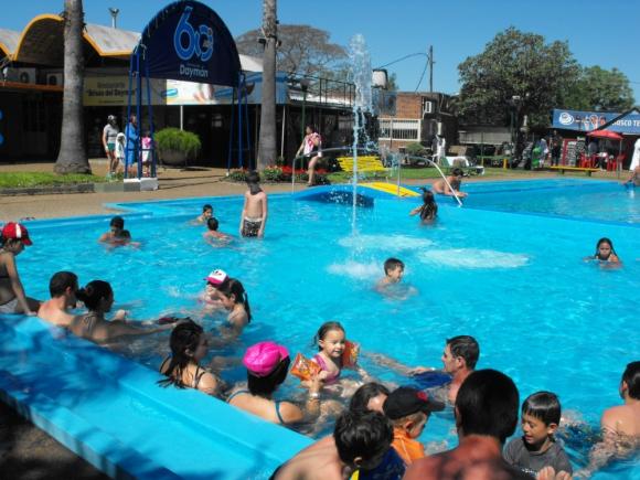 La cantidad de turistas que llegaron a Daymán no colmaron expectativas de empresarios. Foto: L. Pérez