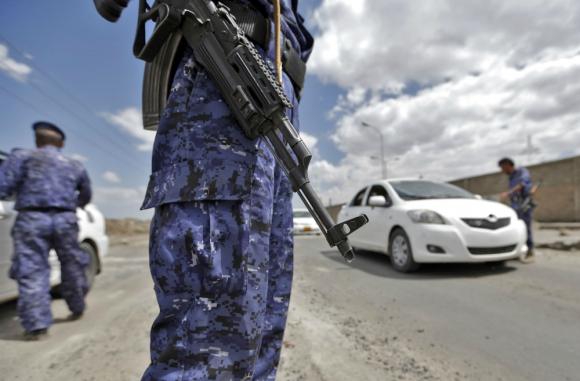 La AK-47 es utilizada hasta el día de hoy por los ejércitos de varios países, como Yemen. Foto: AFP.