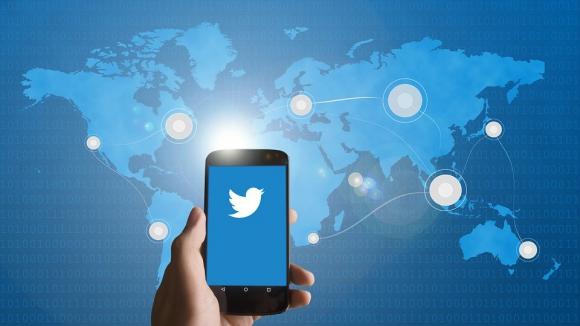 Sólo en el primer semestre, la red social cerró 299.649 cuentas por este motivo. Foto: Pixabay