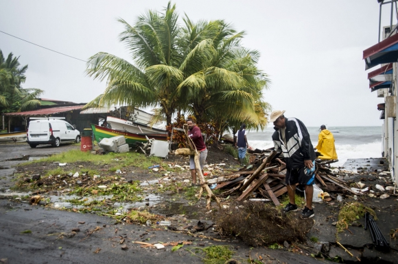 El huracán ya golpea el Caribe. Foto. AFP