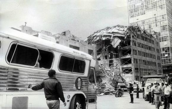 La cifra oficial de muertos fue de 3000, pero muchos indican que ascendió a 20.000. Foto: El Universa GDA