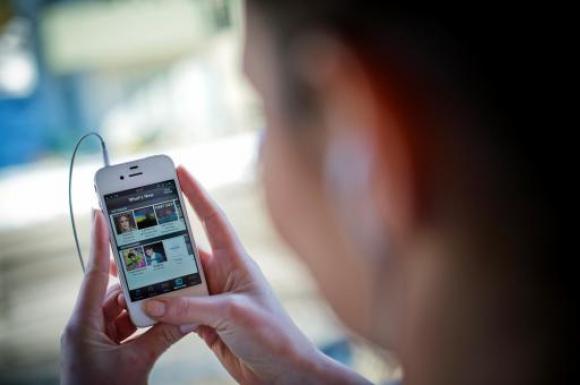 Auge. El éxito de servicios como Spotify, que permiten escuchas ilimitadas, ha reavivado el negocio de la música en los últimos años.