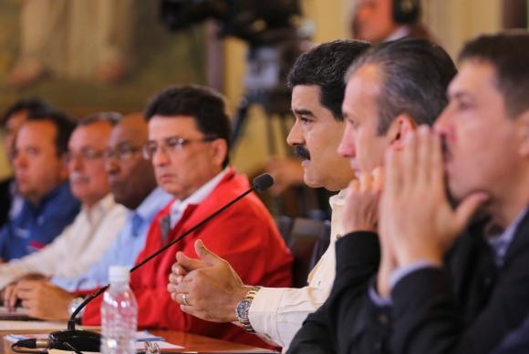 Nicolás Maduro habla en una reunión de gobierno. Foto: Reuters