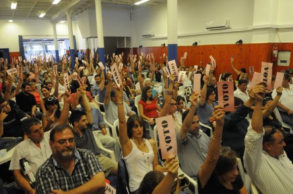 Asamblea de funcionarios judiciales. Foto: Archivo El País
