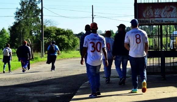 Los hinchas de Nacional en Rivera. Foto: Gerardo Pérez