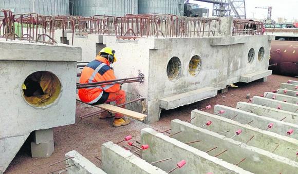 Construcción del Muelle C. Foto: El País