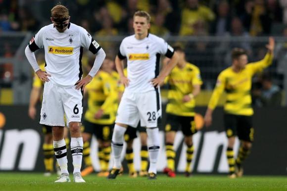 Borussia Mönchengladbach sufrió una goleada 6-1 ante Borussia Dortmund. Foto: EFE
