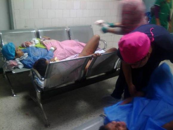 Parturientas atendidas en la sala de espera. Foto: Radio Mitre / Venezuela