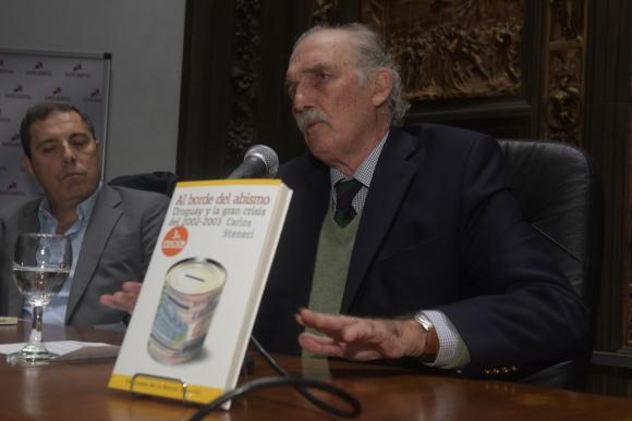 Carlos Steneri.