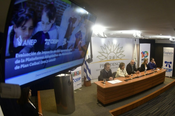 Presentación informe del Plan Ceibal. Foto: Fernando Ponzetto