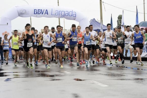 Más de 1500 personas corrieron la carrera.