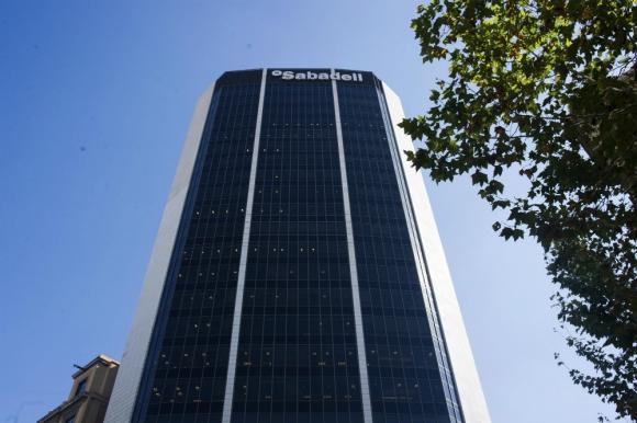 Sede actual del Banco Sabadell, ubicada en Barcelona. Foto: Efe.