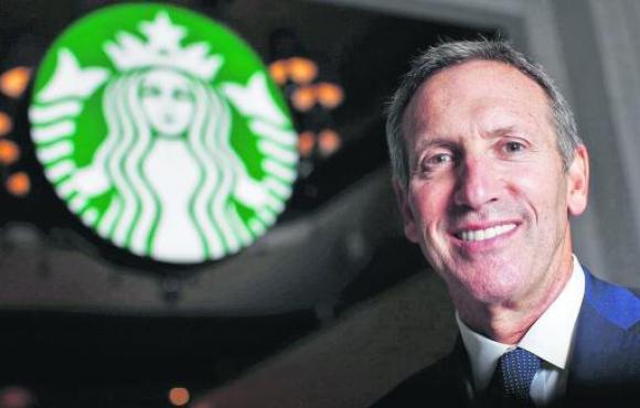 Howard Schultz. El presidente de la cadena admitió que las ventas digitales no tenían el desempeño esperado.