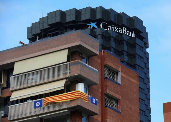 El banco optó por retirarse ante de Cataluña ante la actual situación social y política. (Foto: Reuters)