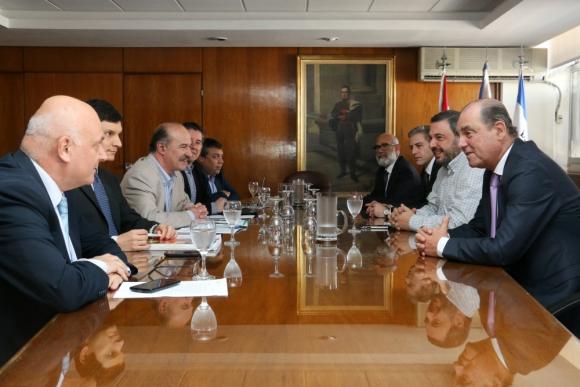 El directorio del Banco Central se reunió ayer con los servicios técnicos. Foto: BCU