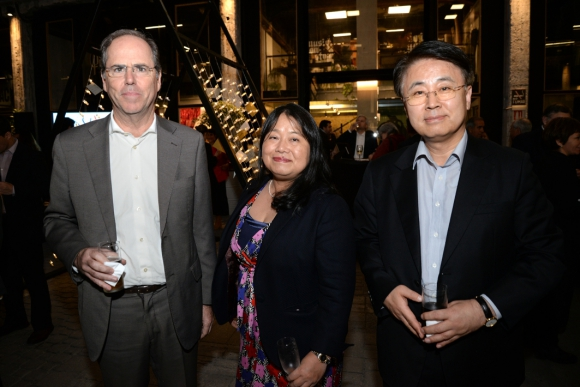 Embajador de Portugal Nuno Belo, Embajadora de Japón Keiko Tanaka, Embajador de la República de Corea Hanjun Yoo.