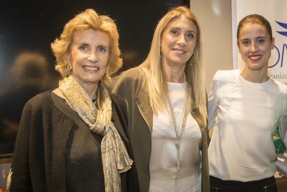 Julia Rodríguez Larreta, Elena Tejeira, María Noel Riccetto.