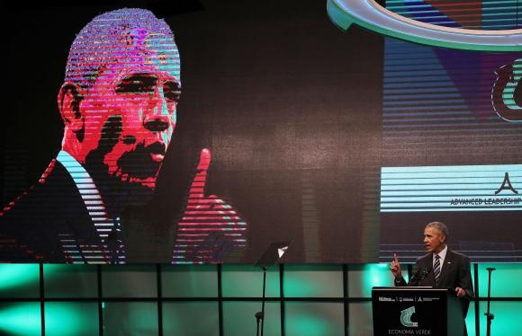 Obama juega golf con Mauricio Macri tras cumbre de economía verde