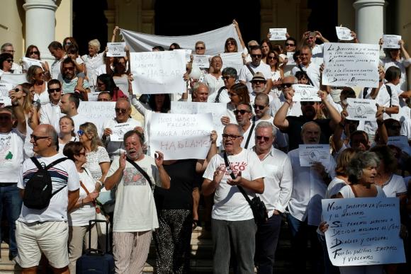 """Manifestación """"Hablemos"""" en Málaga. Foto: Reuters."""