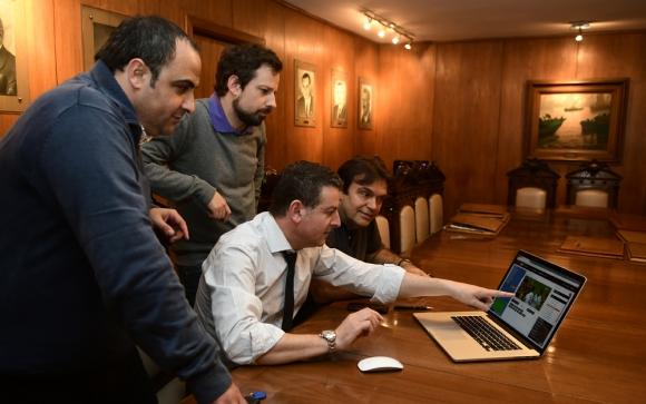 La Comisión de Arbitraje de Peñarol realiza estadísticas de los arbitrajes de todos los partidos. Foto: M. Bonjour