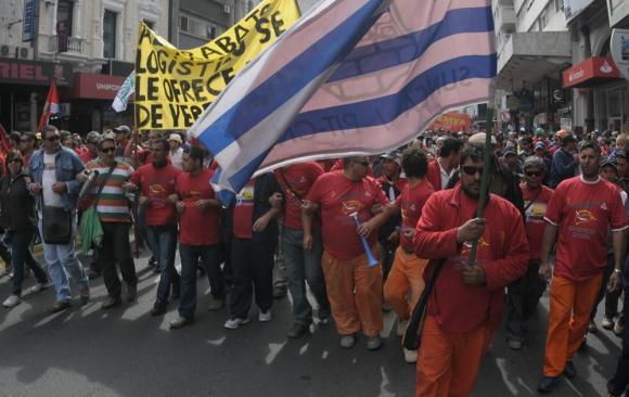 Serán 173 los grupos, subgrupos, capítulos y bandejas que tendrán que negociar. Foto. Archivo El País