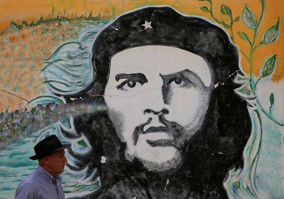 Mural de Ernesto Che Guevara. Foto: Reuters