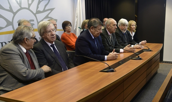 Varios de los ministros de Vázquez son reclamados por el Parlamento. Foto: F. Ponzetto