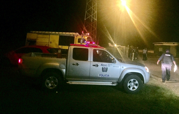 Rescate de piloto en Cerro Largo. Foto: Néstor Araújo