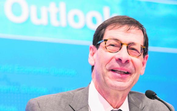 El economista jefe del FMI, Maurice Obstfeld en conferencia de prensa. Foto: AFP