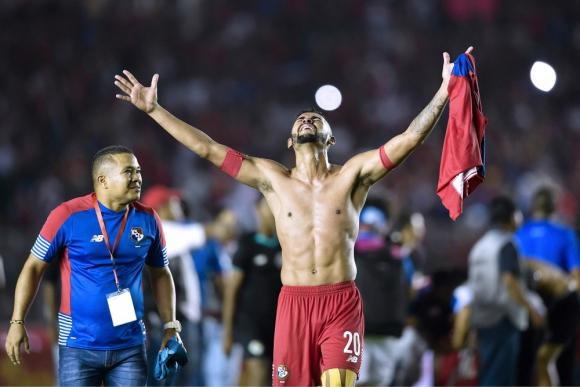 El festejo de Anibal Godoy con la clasificación de Panamá. Foto: AFP