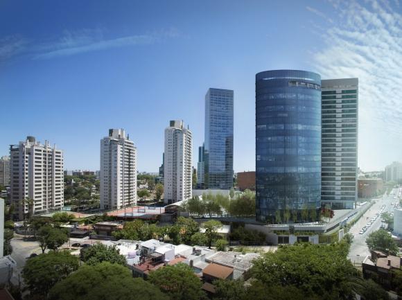 WTC Montevideo Free Zone 2 tendrá una planta elíptica y 35 mil metros cuadros. (Foto: Gentileza WTC Montevideo Free Zone)