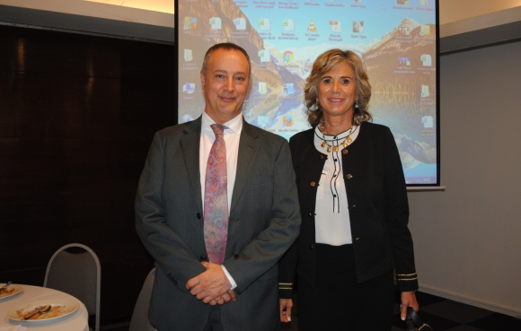 Richard Empson, Margarita Díaz.