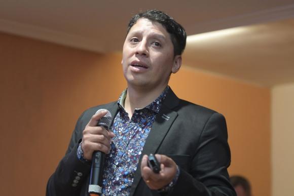 El emprendedor argentino disertó en una charla organizada por ACDE.