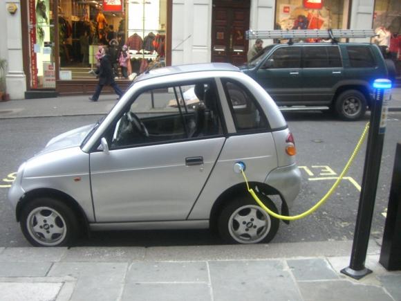 Algunos de los mejores ingenieros eléctricos están siendo captados. Foto: Flickr