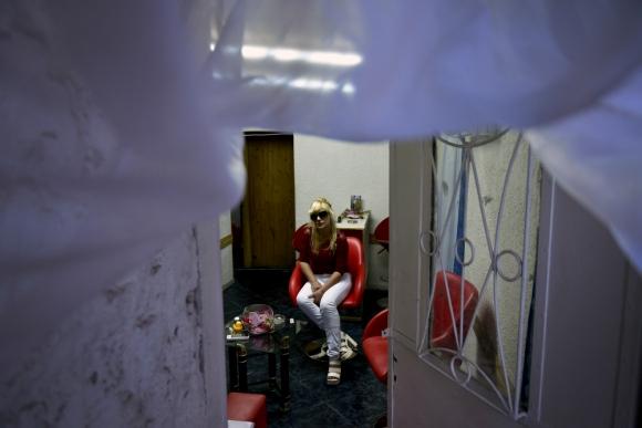 "Mary Silvera, la madre del ""Pato Feo"", hace 13 años que ve a su hijo tras un vidrio. Foto: F. Ponzetto"