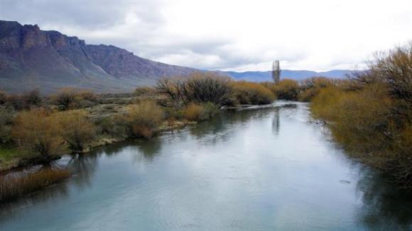 Un cuerpo fue hallado en el Río Chubut. Foto: La Nación.